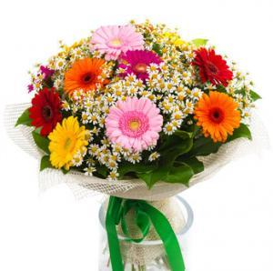 Bouquet of colorful gerberas and daisies